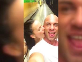 ¡Escándalo en Tele5! (MYHYV). Me he follado a Claudia la de Santana, la conocí bebida.. os paso el vídeo.
